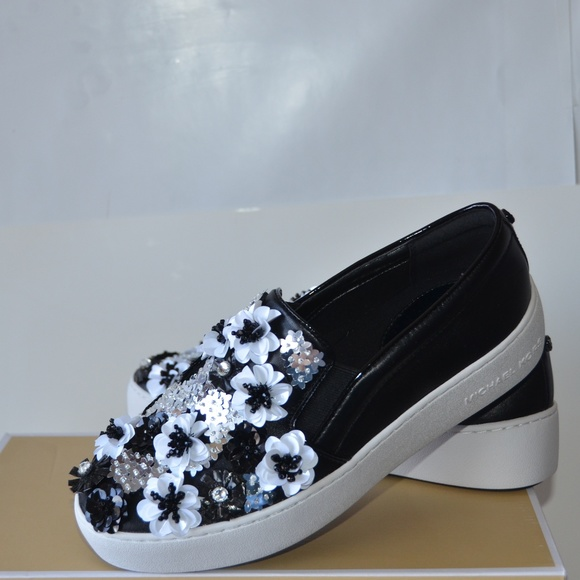 268a82a980fe Michael Kors Trent Floral Sneakers Size 7 NEW. M 5bdb263cbb76155acbe4518a.  Other Shoes you may like